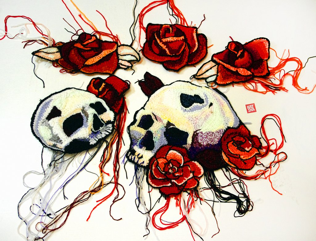 "Skulls and roses (""Tattoo Art"" for clothes)"